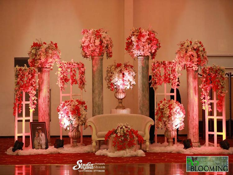 Blooming Flora Wedding Detail